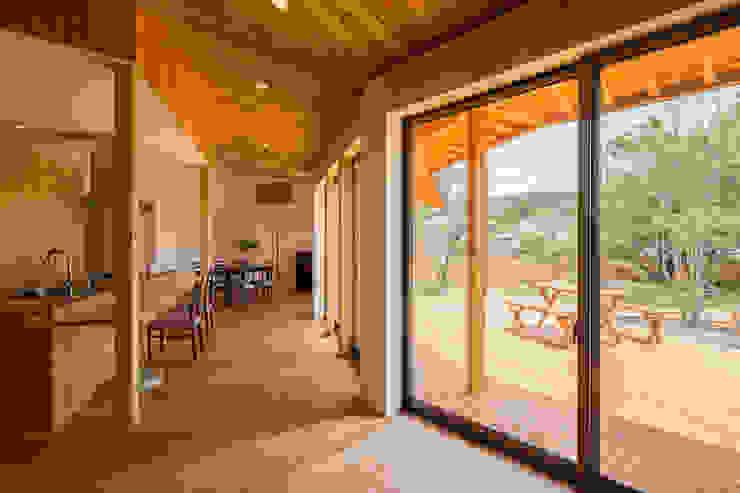緑苑の家 オリジナルデザインの リビング の 梶浦博昭環境建築設計事務所 オリジナル