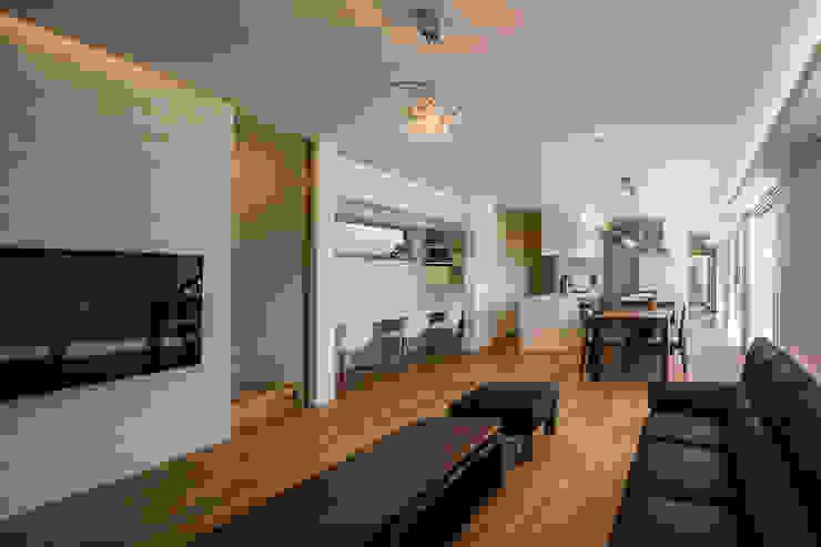 白珪の家 オリジナルデザインの リビング の 梶浦博昭環境建築設計事務所 オリジナル