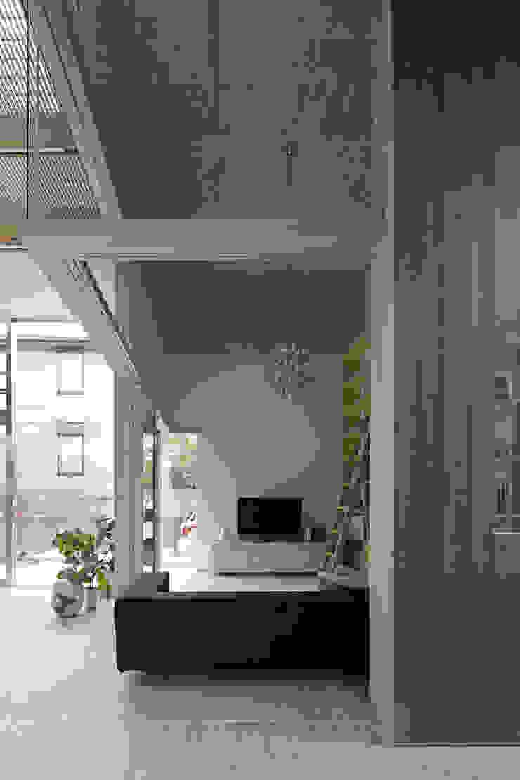 生駒の家 オリジナルデザインの リビング の 安部秀司建築設計事務所 オリジナル