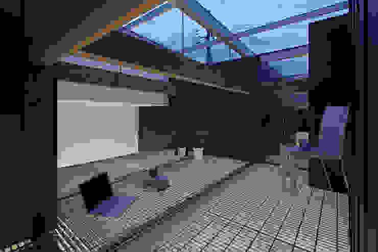 Nhà kính phong cách chiết trung bởi 安部秀司建築設計事務所 Chiết trung