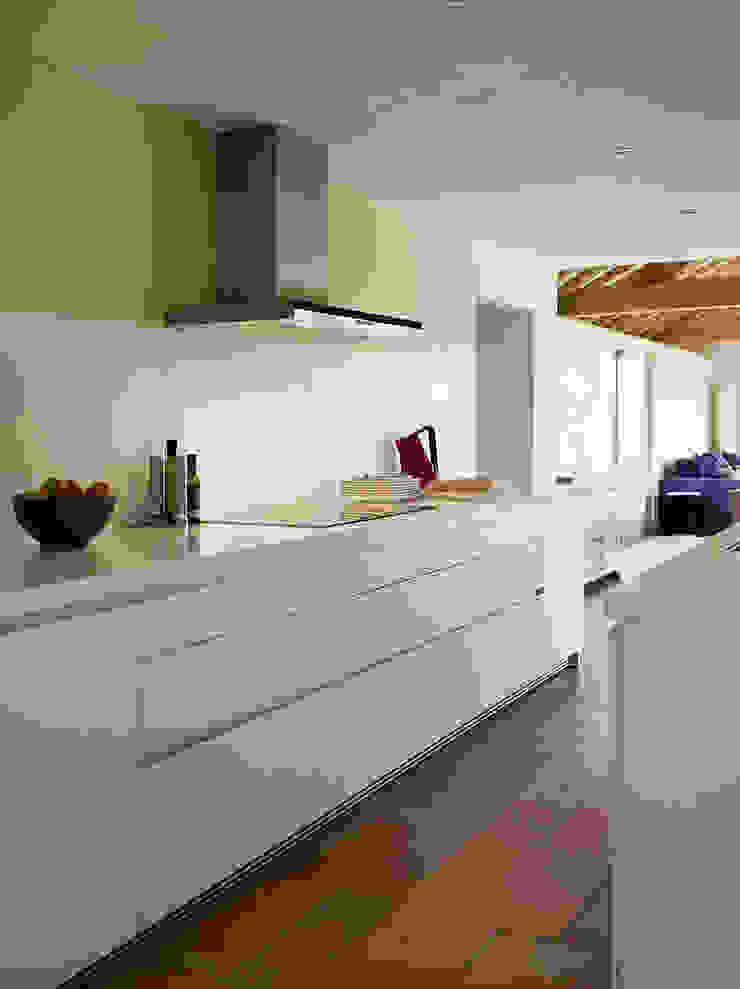 bulthaup b1 kitchen in Barn Conversion hobsons choice Modern Kitchen