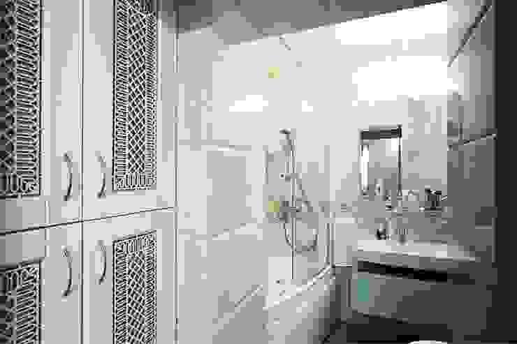 Ванная.:  в современный. Автор – Студия дизайна Ирины Комиссаровой, Модерн