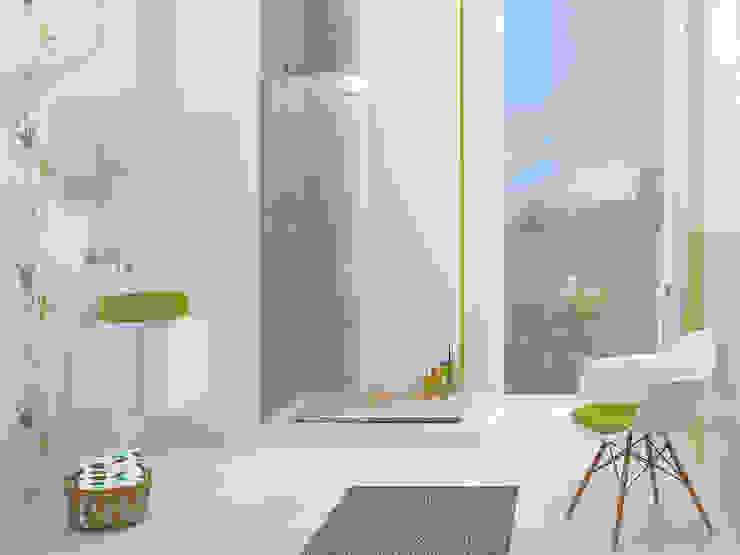 Phòng tắm phong cách kinh điển bởi Ceramika Paradyż Kinh điển