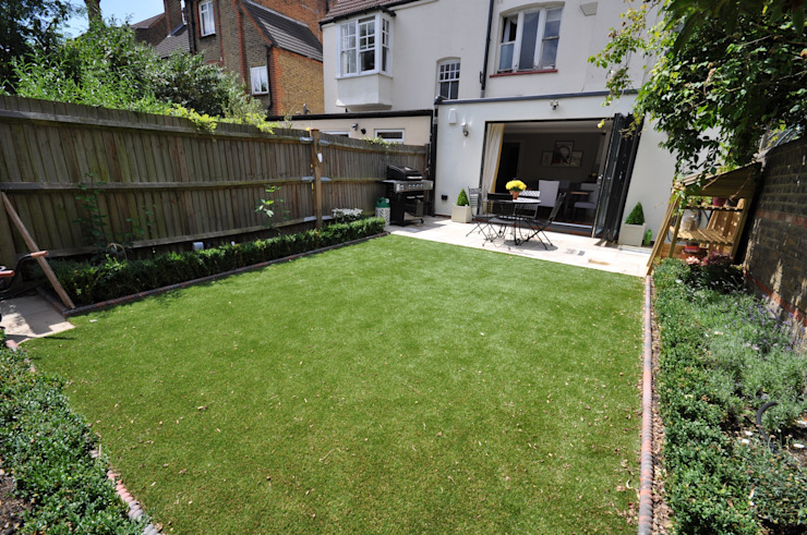 Streatham:  Garden by The Lady Builder