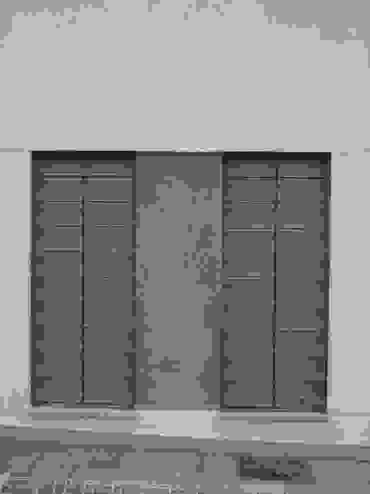 Arquibox Minimal style window and door