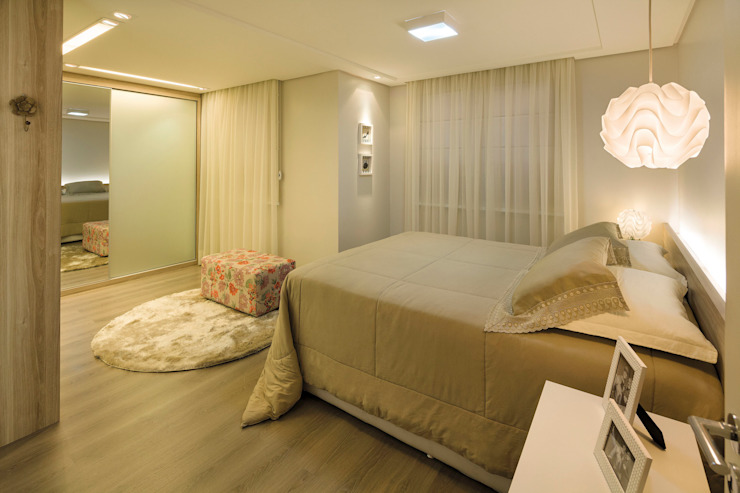 Modern Bedroom by Caroline Vargas | C. Arquitetura Modern