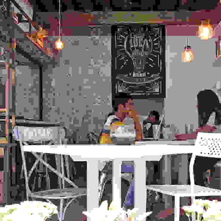 Vista Interior Gastronomía de estilo ecléctico de Estudio Meraki Ecléctico