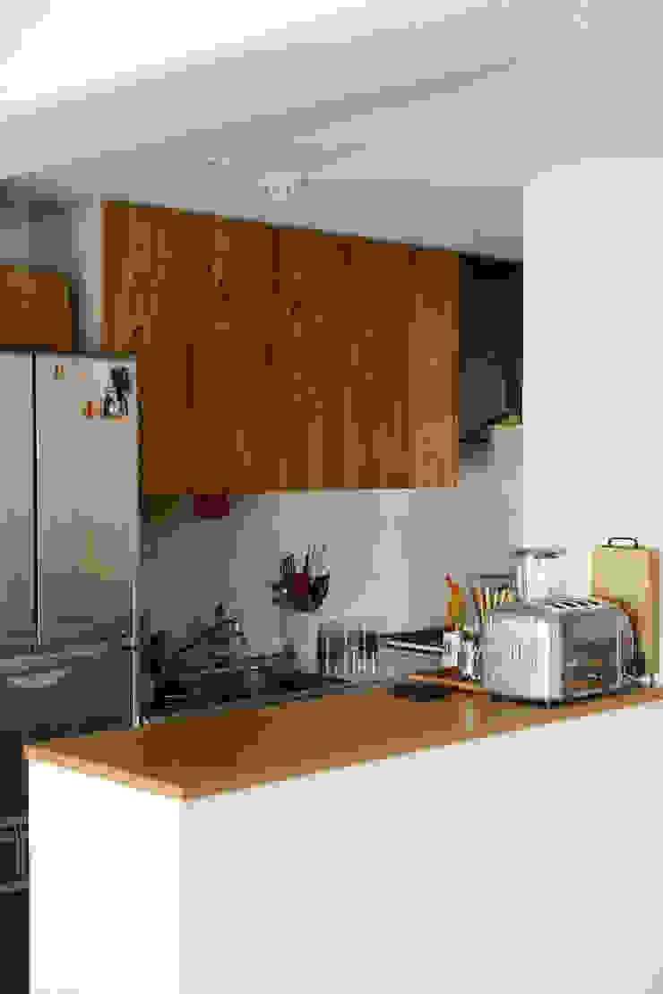 シンプルに住む家 インダストリアルデザインの キッチン の ELD INTERIOR PRODUCTS インダストリアル