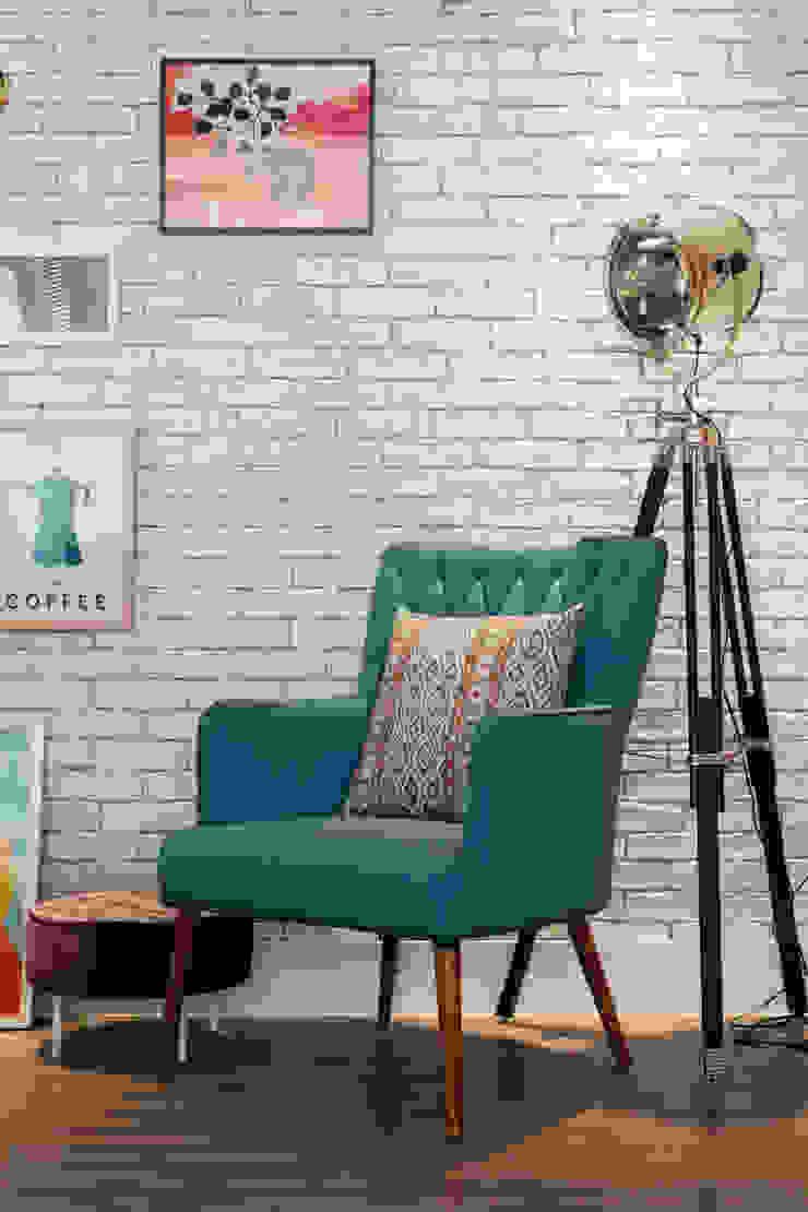 Biarari e Rodrigues Arquitetura e Interiores Living roomSofas & armchairs Wood Turquoise