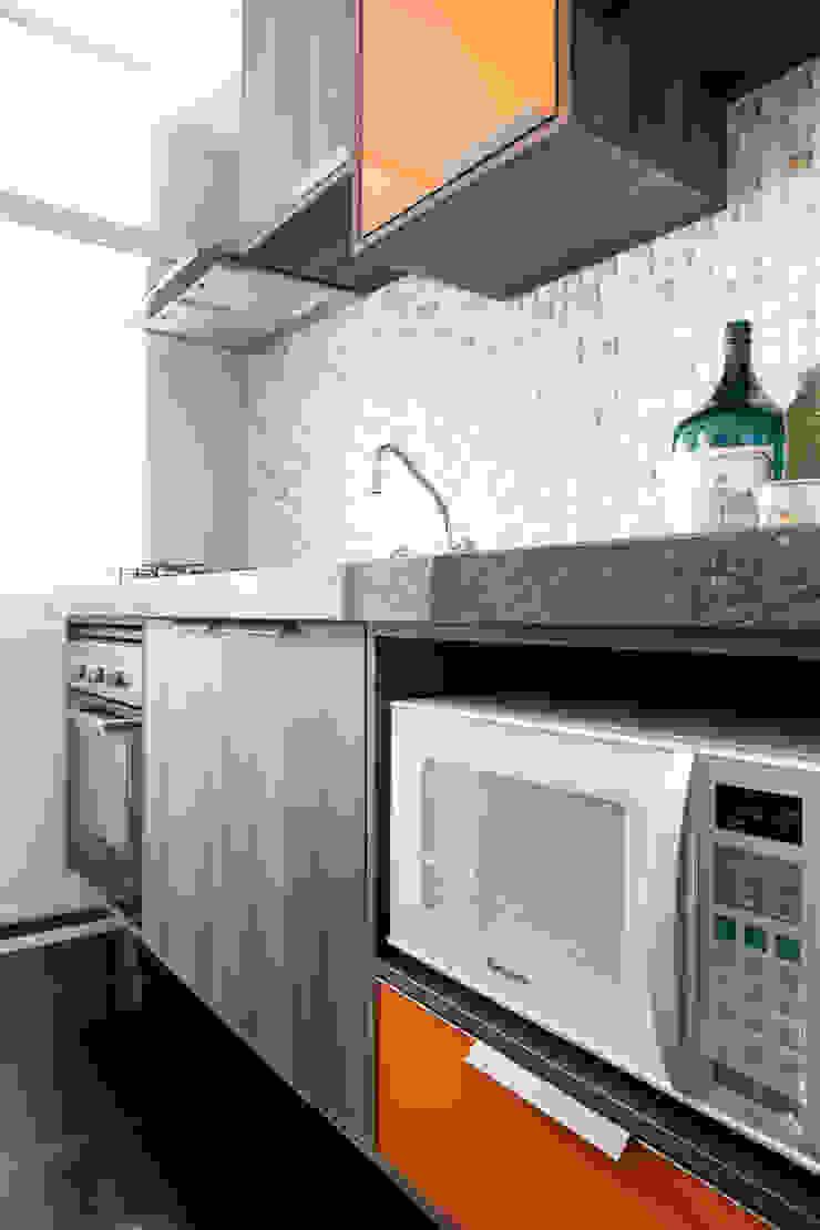 Biarari e Rodrigues Arquitetura e Interiores KitchenSinks & taps MDF Brown
