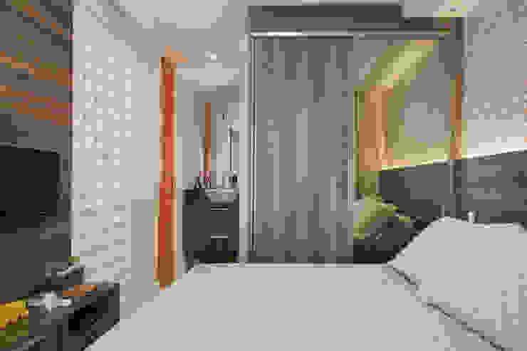 Biarari e Rodrigues Arquitetura e Interiores BedroomBeds & headboards Wood Brown