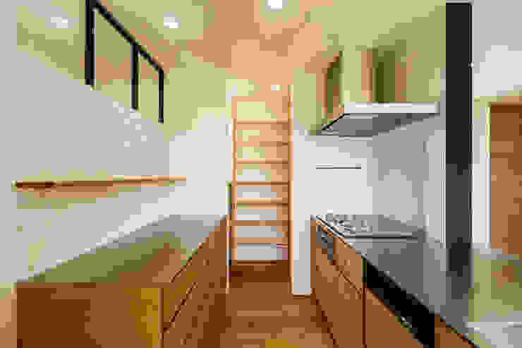 Cozinhas  por 一級建築士事務所haus , Escandinavo