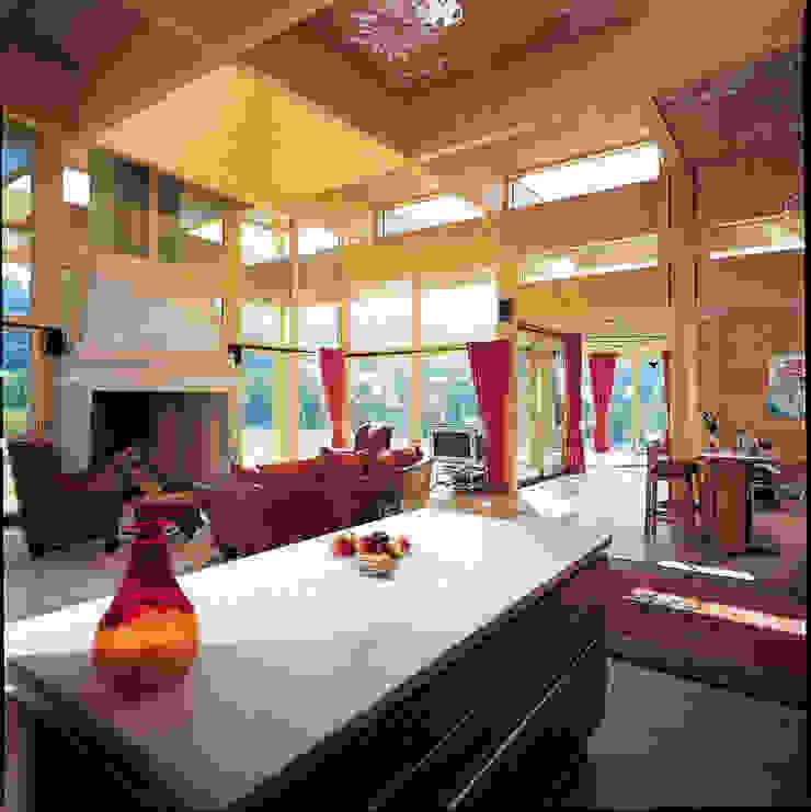 ELK Fertighaus GmbH Rustic style living room