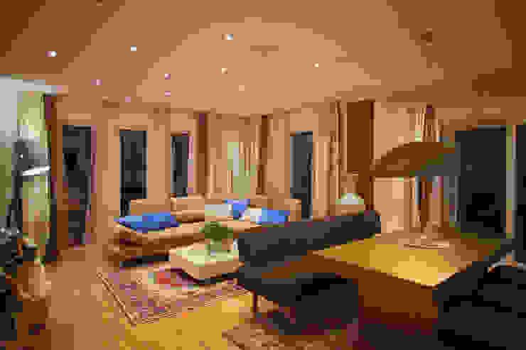 ELK Living 153 Moderne Wohnzimmer von ELK Fertighaus GmbH Modern