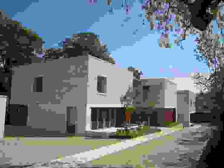 Moderne huizen van ELK Fertighaus GmbH Modern