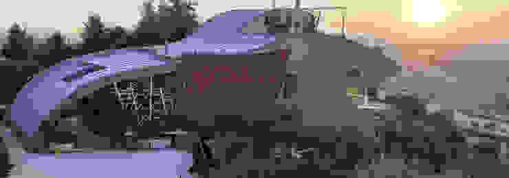 villa sulle colline marchigiane Case moderne di RoccAtelier Associati Moderno