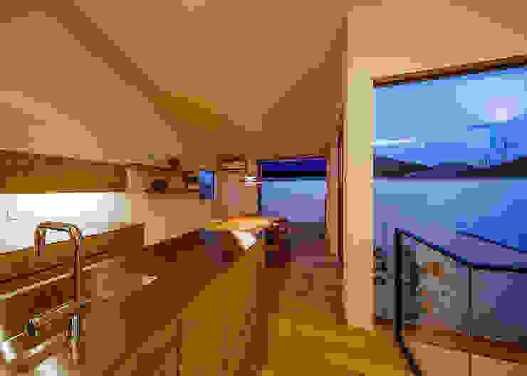 Nhà bếp phong cách Bắc Âu bởi 一級建築士事務所haus Bắc Âu