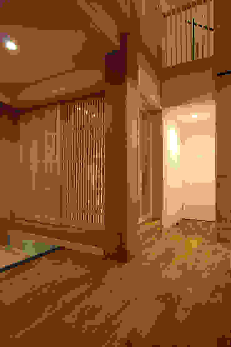 和コーナー カントリーデザインの 多目的室 の 一級建築士事務所 ヒモトタクアトリエ カントリー