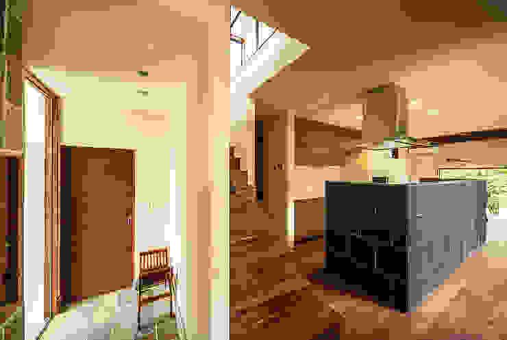 亞洲風玄關、階梯與走廊 根據 一級建築士事務所haus 日式風、東方風