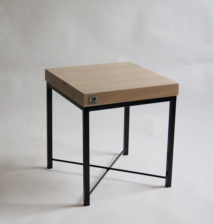 "Oak and steel small display table ""ELFIN"" von NordLoft - Industrial Design Skandinavisch"
