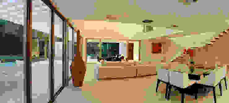 Casa entre Arboles Pasillos, vestíbulos y escaleras modernos de Enrique Cabrera Arquitecto Moderno