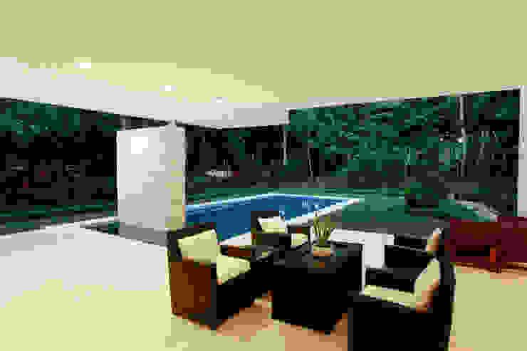 Casa entre Arboles: Terrazas de estilo  por Enrique Cabrera Arquitecto, Moderno