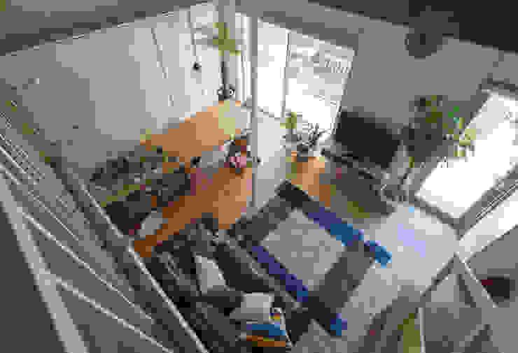 横浜の二世帯住宅 LDK見下ろし モダンデザインの ダイニング の 一級建築士事務所 感共ラボの森 モダン