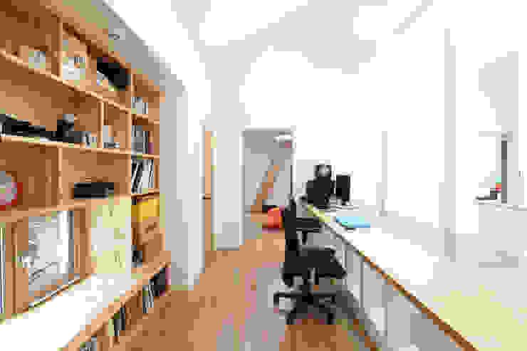 2층 유리테이블 서재 모던스타일 서재 / 사무실 by 주택설계전문 디자인그룹 홈스타일토토 모던