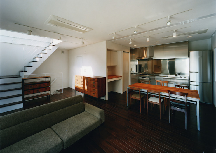大東の家 モダンデザインの リビング の 中間建築設計工房/NAKAMA ATELIER モダン