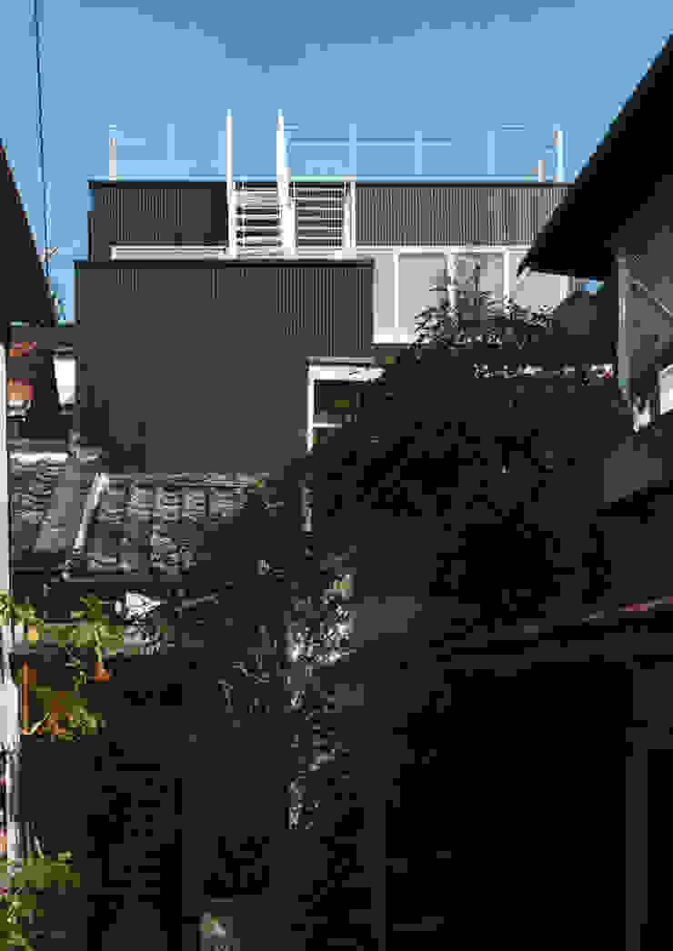 大東の家 モダンな 家 の 中間建築設計工房/NAKAMA ATELIER モダン