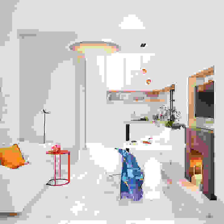 Дизайн интерьера объединенной квартиры в ЖК «Арабская ночь» (Алупка) ROMM Кухня в стиле модерн
