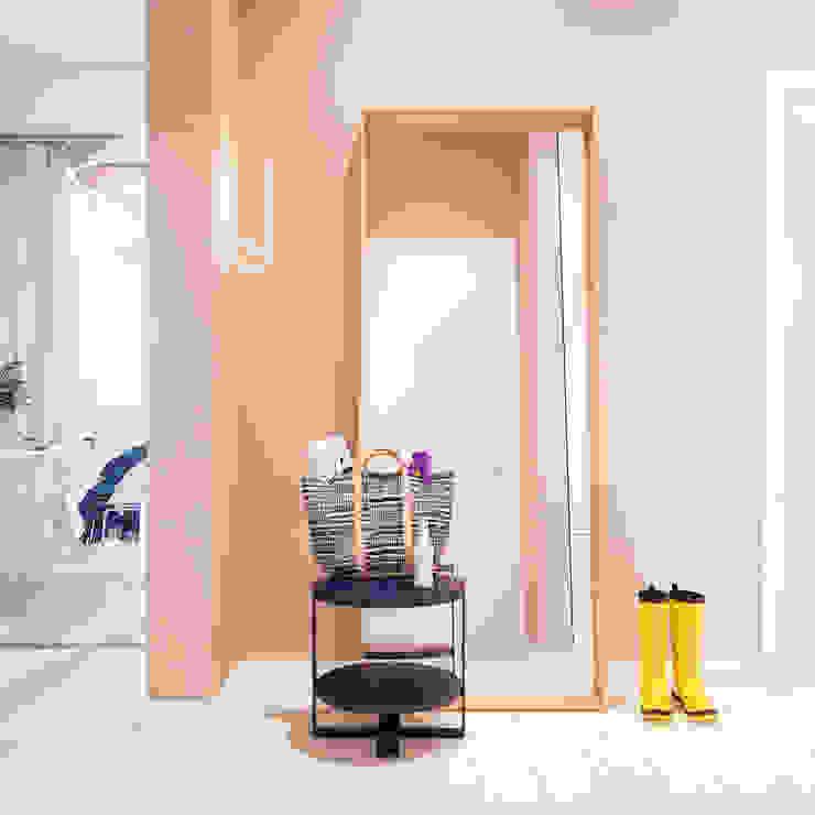 Дизайн интерьера объединенной квартиры в ЖК «Арабская ночь» (Алупка) ROMM Коридор, прихожая и лестница в модерн стиле