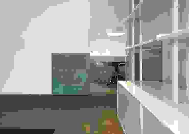 Moderne Wohnzimmer von na3 - studio di architettura Modern Glas