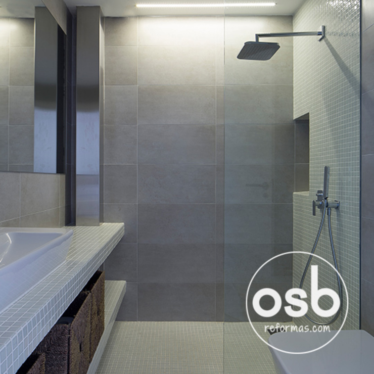 Modern Bathroom by osb arquitectos Modern
