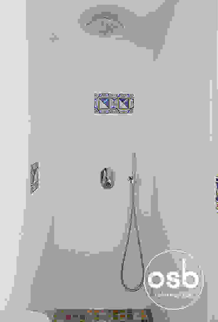 Ducha baño 01 Baños de estilo mediterráneo de osb arquitectos Mediterráneo