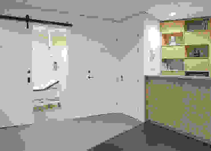 in de entree Scandinavische gezondheidscentra van You surround You Scandinavisch