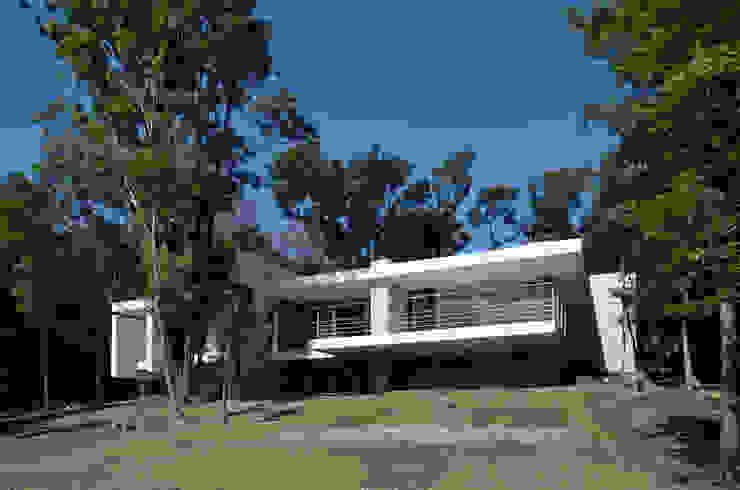 霧島の別荘 モダンな 家 の アトリエ環 建築設計事務所 モダン