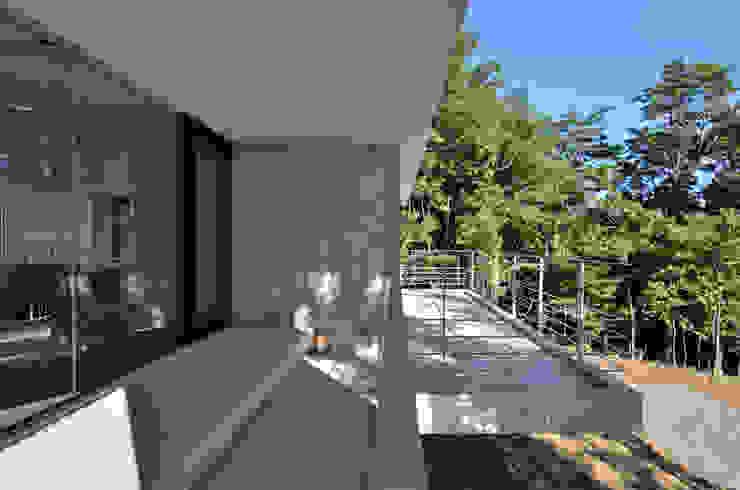 霧島の別荘 モダンデザインの テラス の アトリエ環 建築設計事務所 モダン