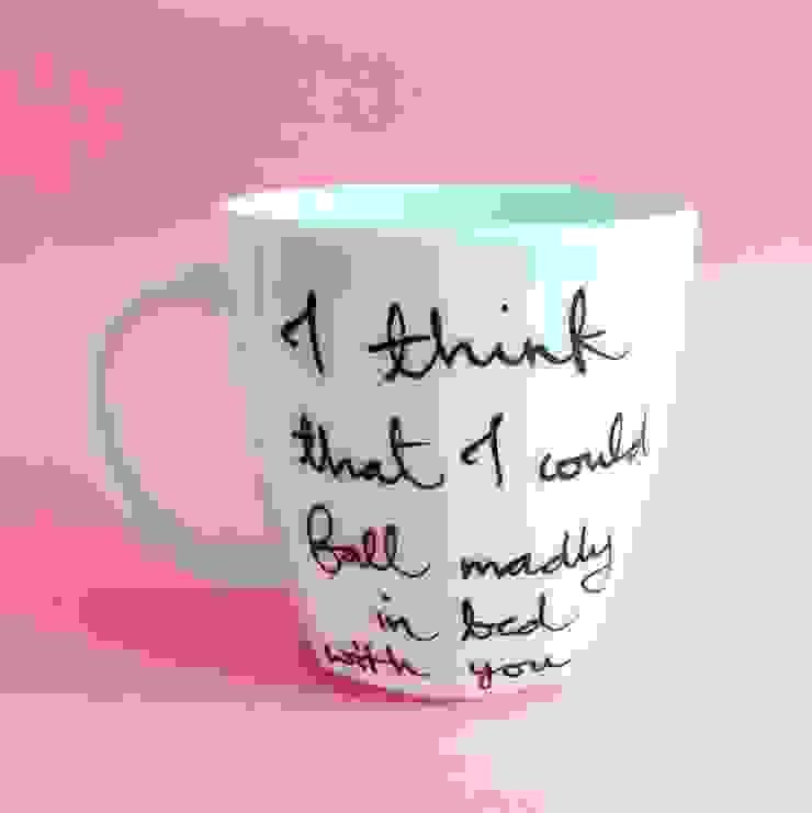 Fall in bed od My Mug Company Skandynawski