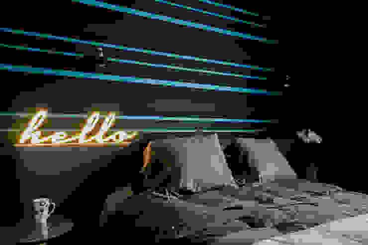 Mieszkanie na Bemowie: styl , w kategorii Sypialnia zaprojektowany przez Jacek Tryc-wnętrza,Nowoczesny