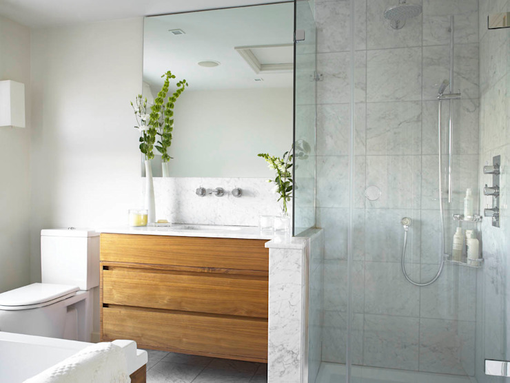 Bathroom, Richmond Place, London Casas de banho modernas por Concept Interior Design & Decoration Ltd Moderno