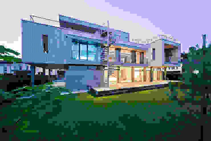 Фото обложки - Pixel House Дома в стиле модерн от LEVEL80 | architects Модерн