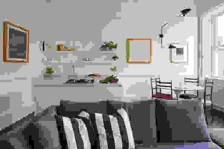 Kitchen, Catherine Place, London Dapur Modern Oleh Concept Interior Design & Decoration Ltd Modern