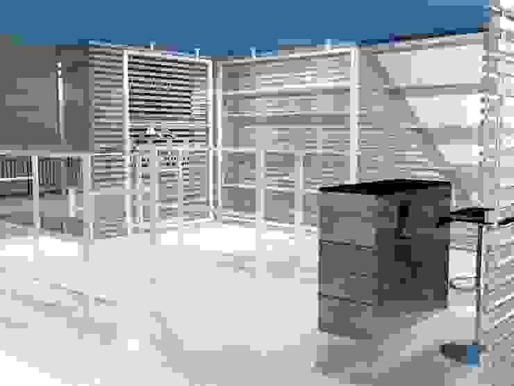Modern offices & stores by Studio Arch. Matteo Calvi Modern