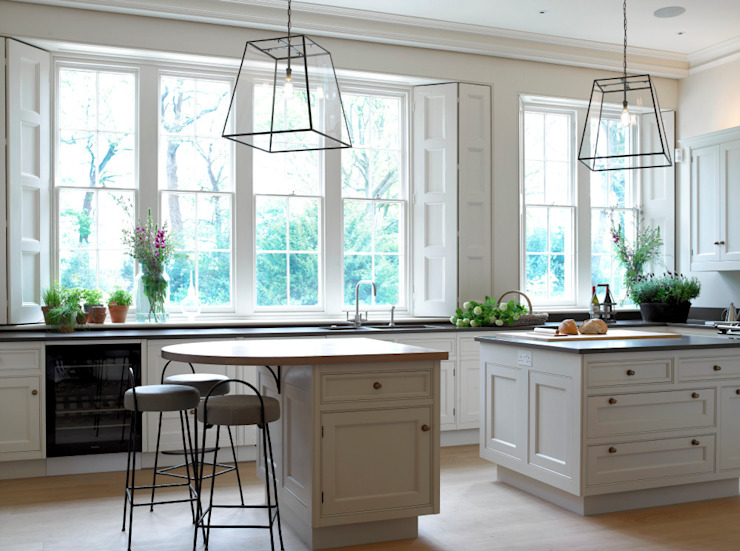 Traditional kitchen, Manor Farm, Oxfordshire Country style kitchen by Concept Interior Design & Decoration Ltd Country
