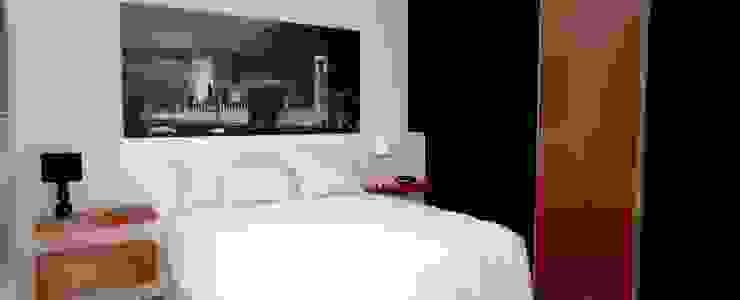 RESIDENCIA LP Quartos minimalistas por Impelizieri Arquitetura Minimalista