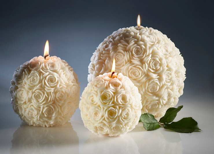 Ivory Rose Ball Candles od Amelia Candles Klasyczny
