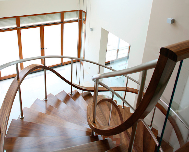 Modern Corridor, Hallway and Staircase by Trąbczyński Modern