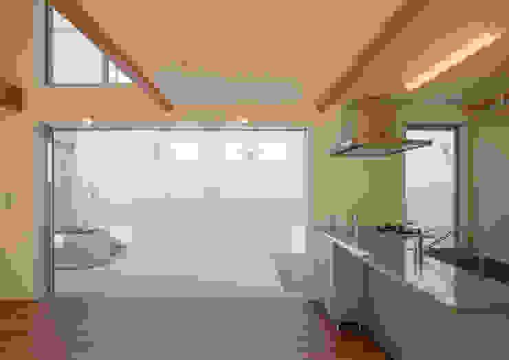アトリエ24一級建築士事務所 Modern living room