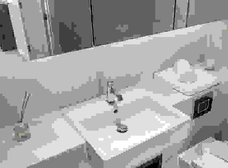 Bathroom Moderne Badezimmer von In:Style Direct Modern